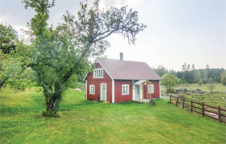 Stunning home in Ödeshög with WiFi and 2 Bedrooms