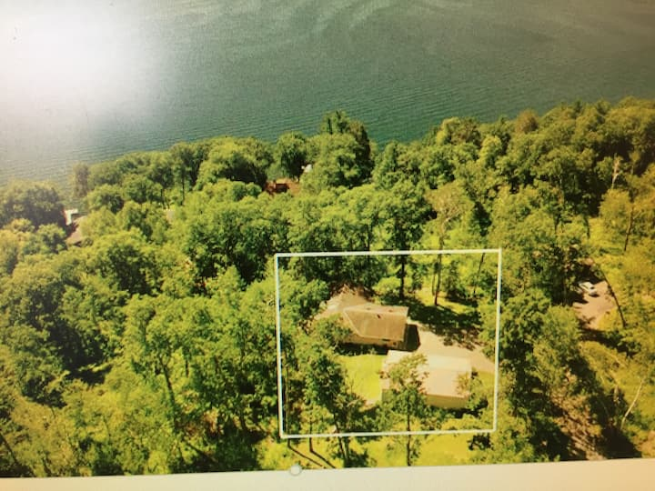 Private (entire walkout), secluded, on bluff