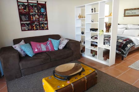 The Burrow in Trendy Melville - Apartment