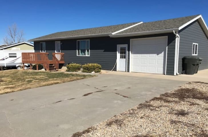 Private bedroom available in Black Hills