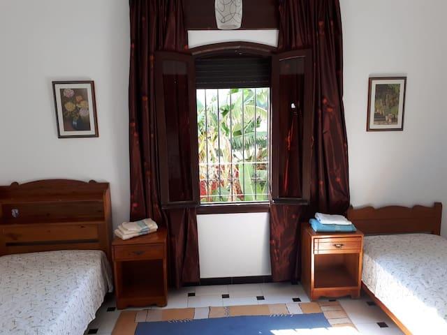 Chambre 2 perso dans Villa