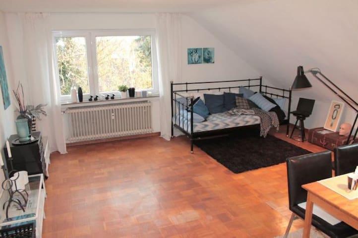 Appartment mit Bad/Küche/TV/WIFI in Esslingen a.N.