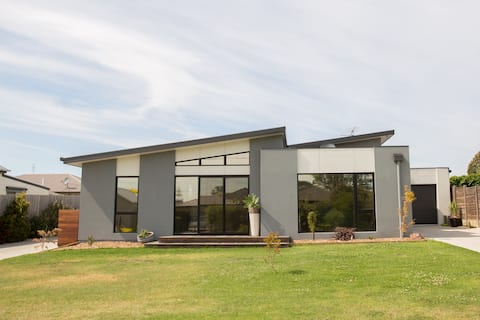 Wonthaggi 3BRM Modern Townhouse