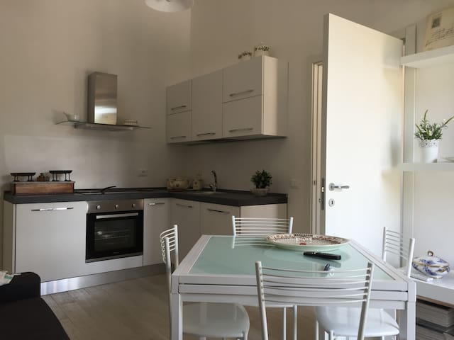 Bright apartment suitable for couples and families