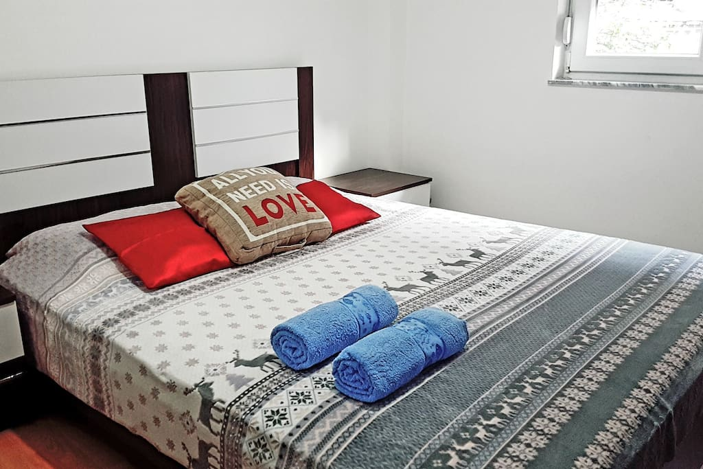 Bedroom/AllYouNeedisLOVE❤