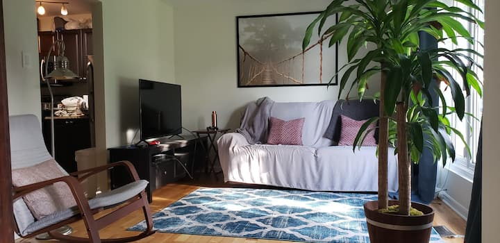 3 Room House / Near Algonquin College