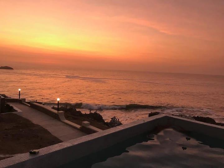 Casa con Piscina en Puerto Fiel