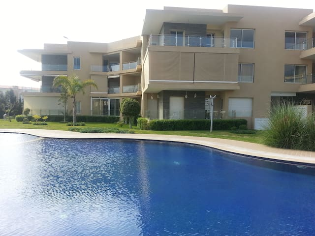 Résidence privée 2 piscines