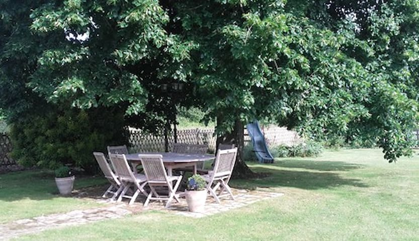 Bed and breakfast pour Le Mans Classic - Saint-Jean-du-Bois - Bed & Breakfast