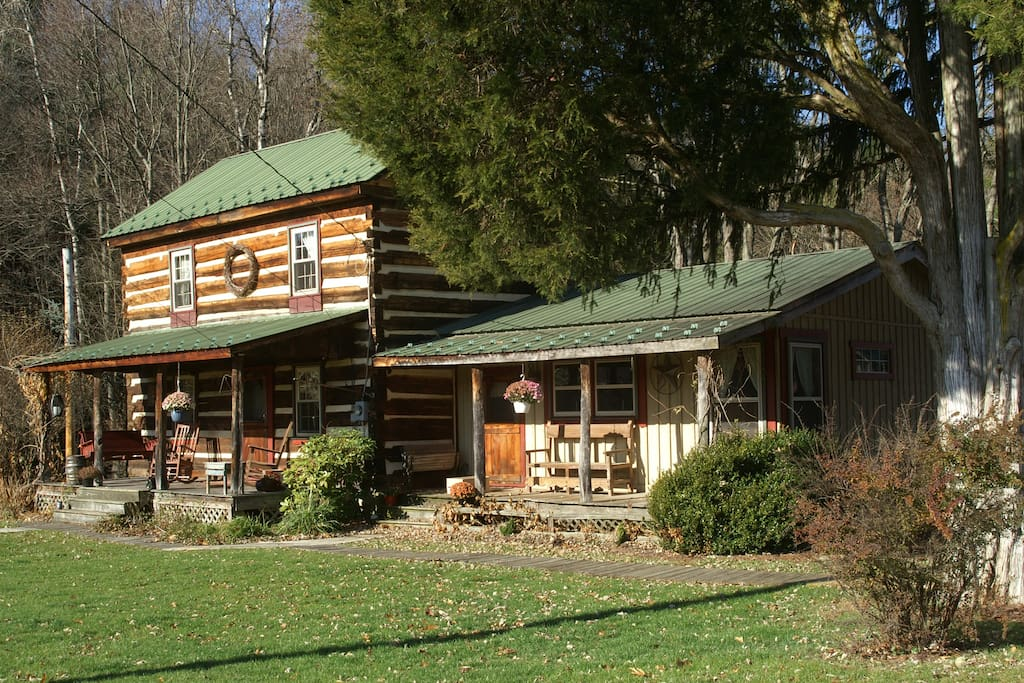 Quiet cozy cabin 20 minutes from penn state cabins for Cozy cabins pa