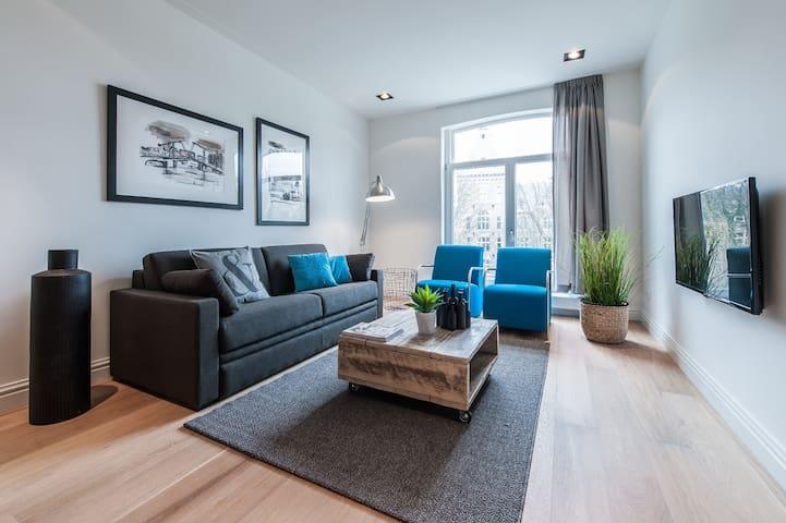 2-Bedroom comfortable apartment opposite the Tropen Museum