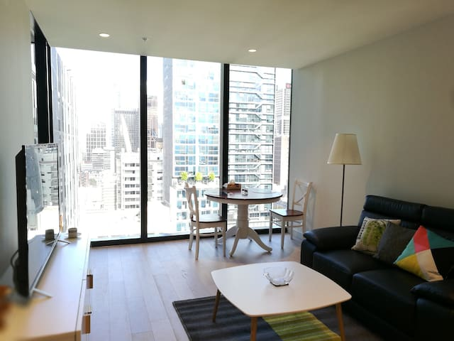 European style city apartment in Melbourne CBD