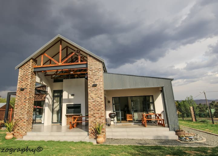Tomac Suite - in the heart of Clarens, Free State