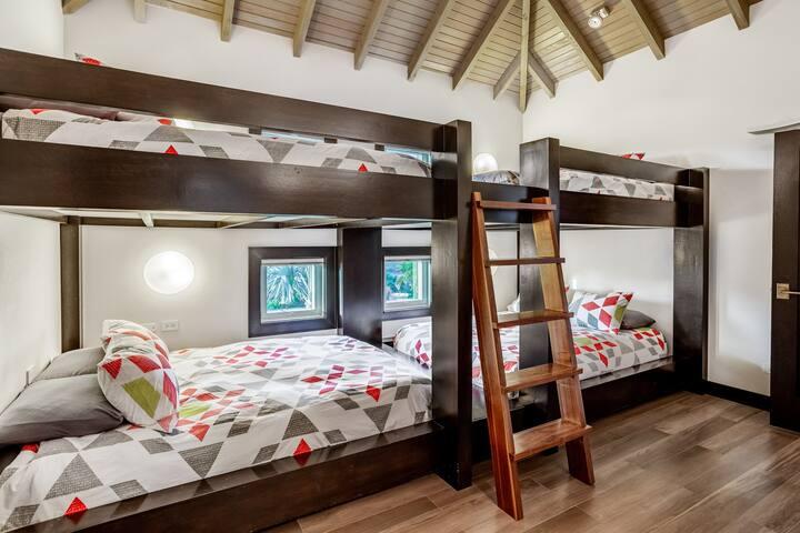 Schlafzimmer 10
