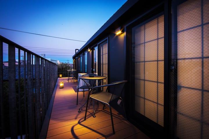 ZEN-Lodge 2 Bedroom TOP FLOOR with View