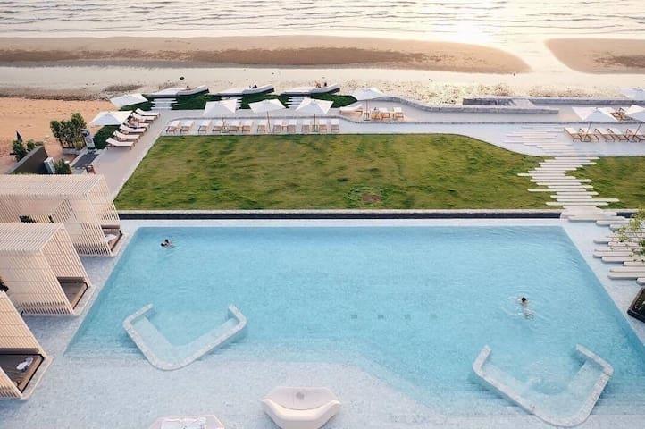 O2 Luxury Penthouse Sea View Veranda Residence