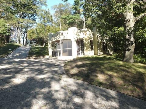 """Casa del Camino"" Guest House"