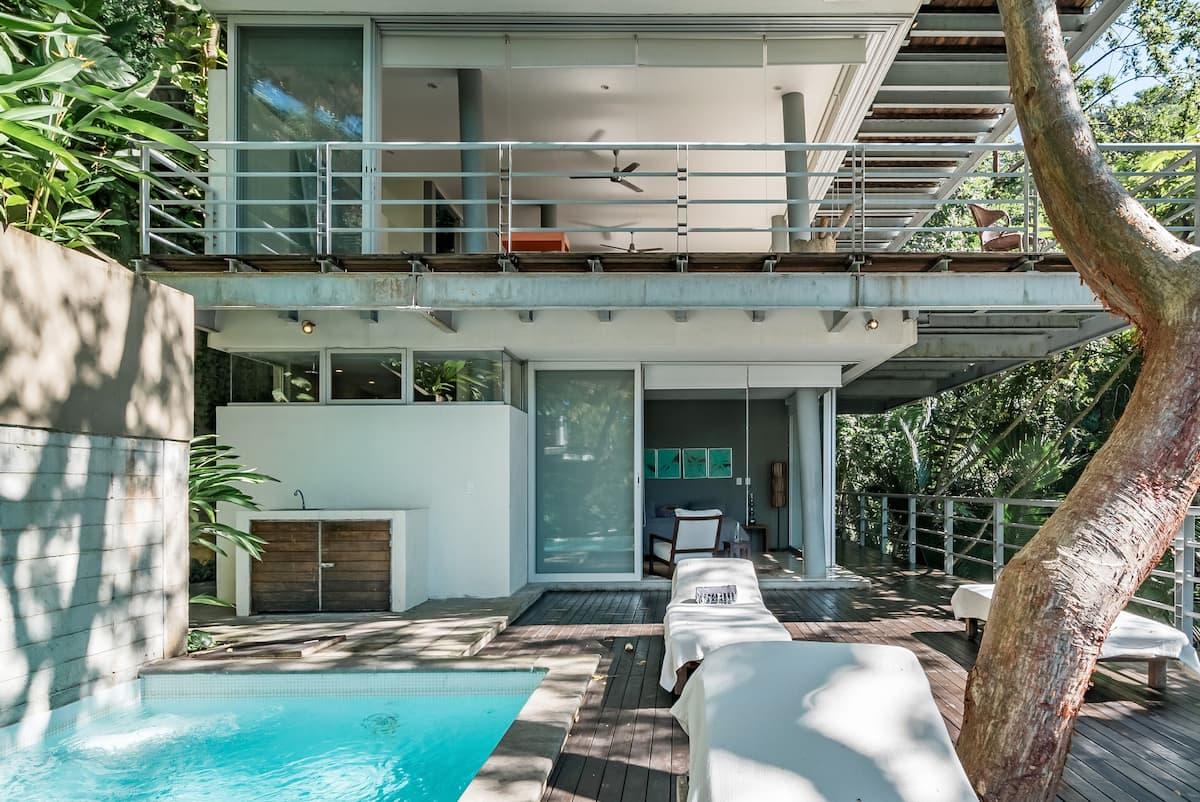 Casa Mamasita—Chic Luxury Villa in the Romantic Zone