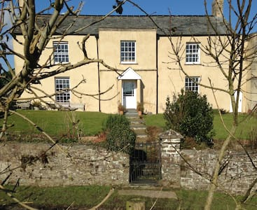 Shern Week Manor, North Devon, EX38 8NX - Great Torrington - Penzion (B&B)