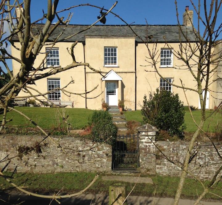 Shern Week Manor, North Devon, EX38 8NX