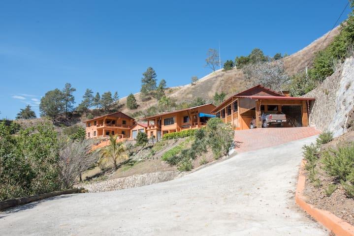 Rancho Maria Jose - Apartamento 2do Piso