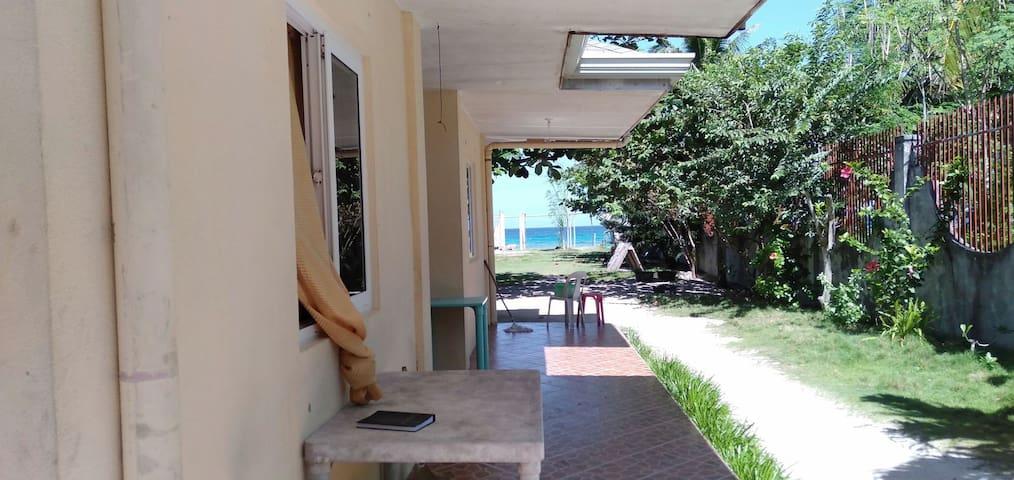 Malapascua Langub beach rooms (Fan Room)