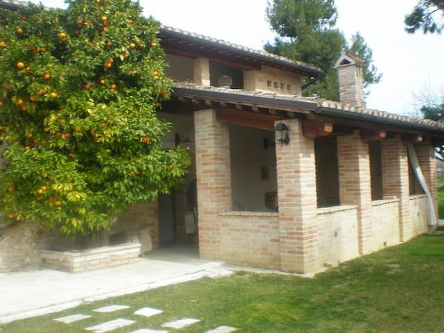 Casale Arancioamaro - Stella - Huis