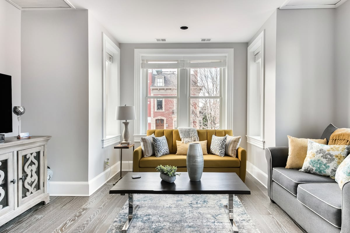 Luxury Suite in the Heart of Capitol Hill
