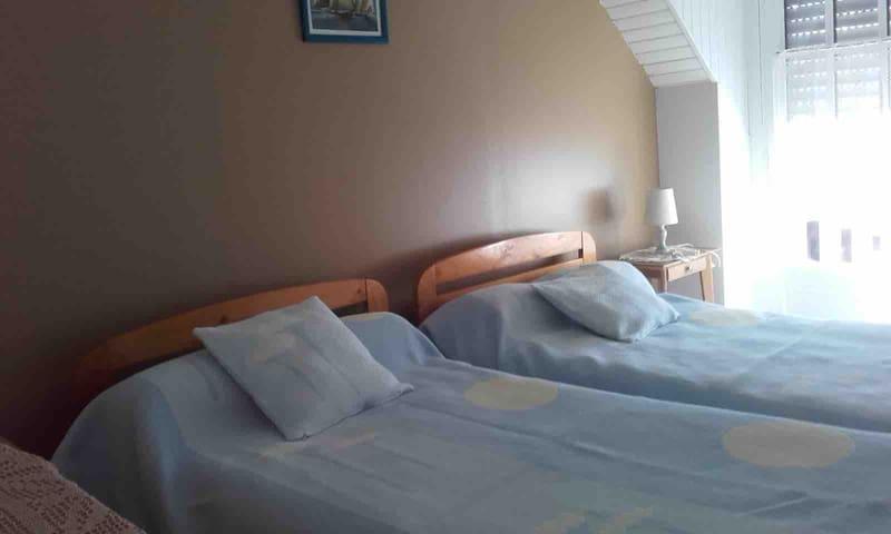 2ème chambre lits doubles
