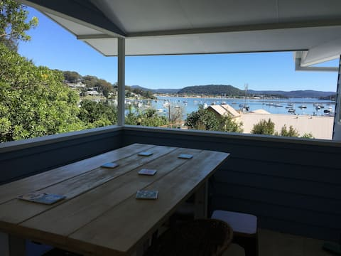 Hardys Bay House - views to die for in a new house