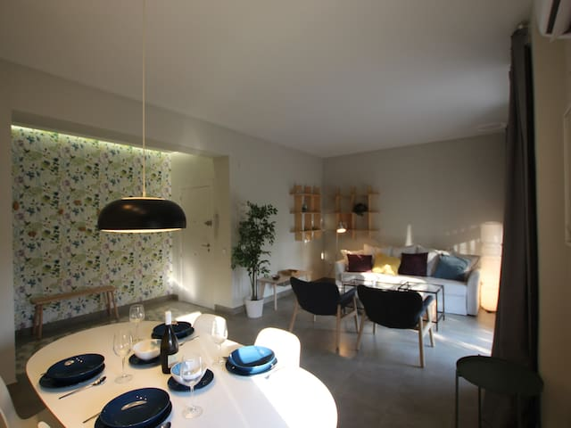 Cozy renovated apartment in Murcia center, next to the river, for 4 people