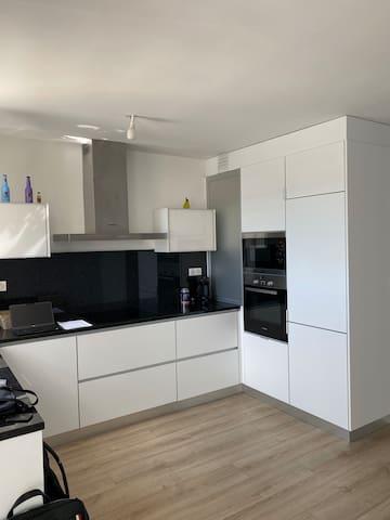 Appartement en duplex - chambre privée - calme