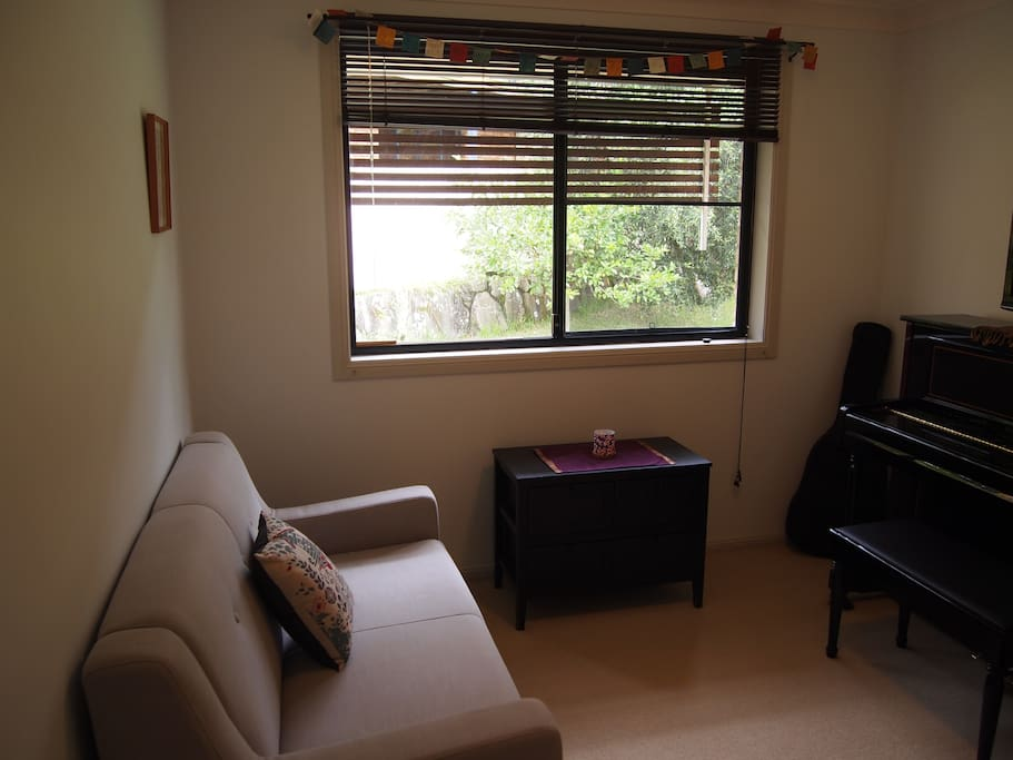 Guests private sitting room or converted single bedroom.