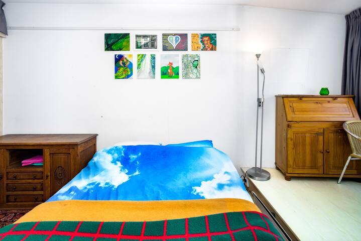 th green room