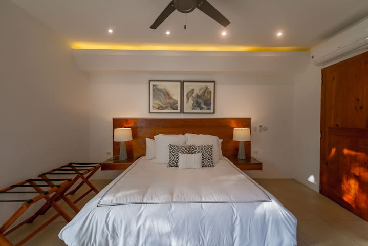 The main floor bedroom is called Arena and Sueños- Sand and Dreams - and of course comes with a super comfortable king sized bed.