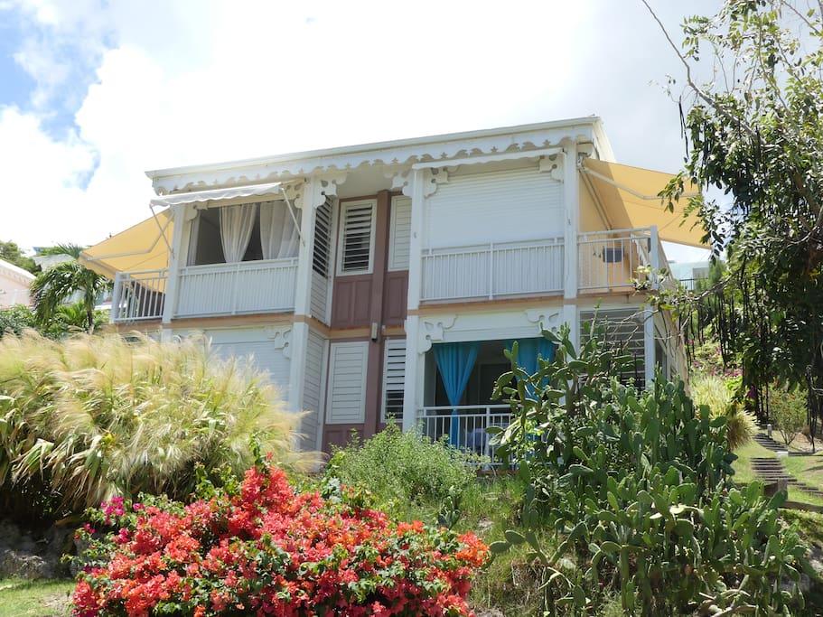 Villa de 4 studios Studio en bas à droite