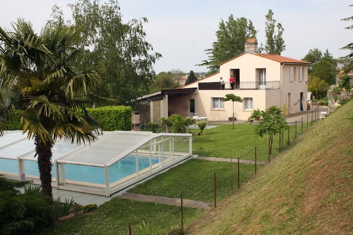 House with pool access - Gauriac - Hus