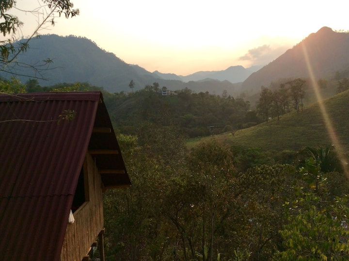 Wooden cabin and stunning views near Semuc Champey