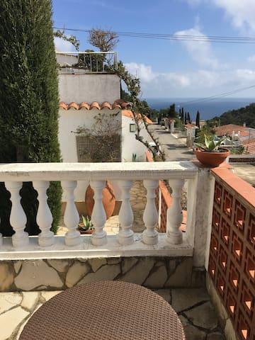Sonnige Apartment mit Meerblick - Tossa de Mar
