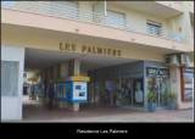 appartement plein centre - Cavalaire-sur-Mer - Byt
