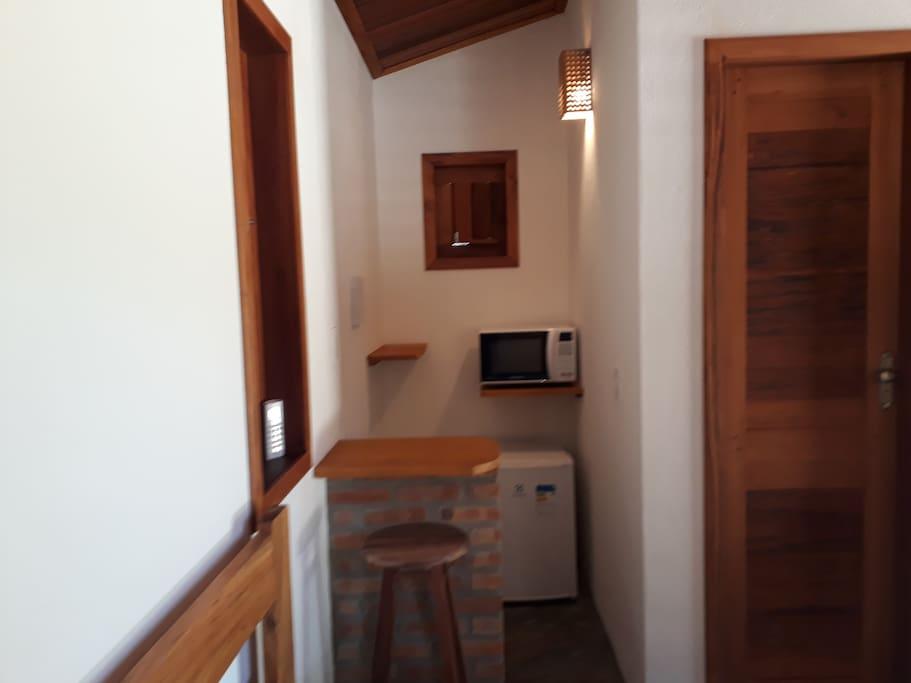 copa e porta para banheiro privativo