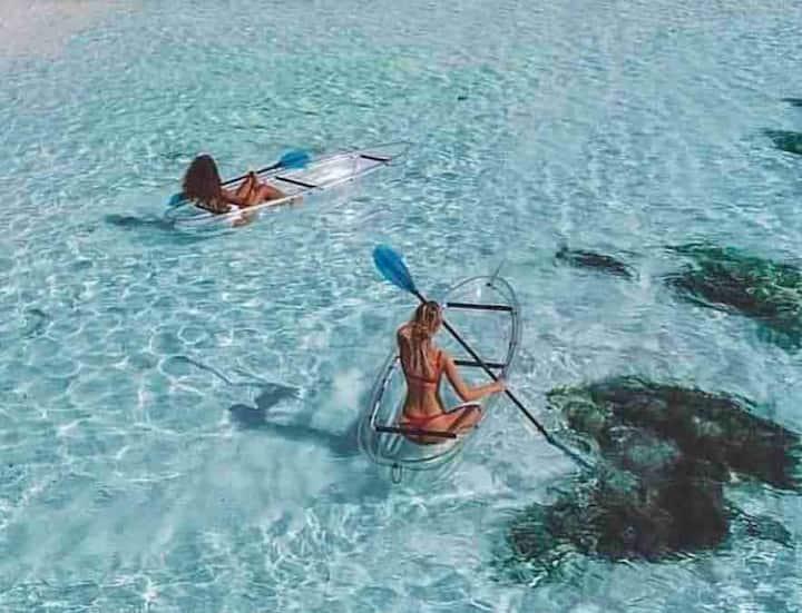 Ali sml B  Beach Front Honeymoon