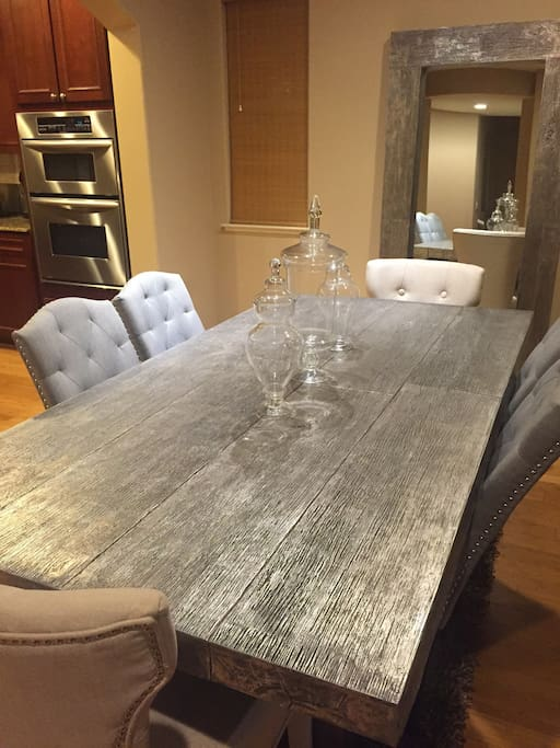 Enjoy Your Favorite Cuisine At This Extended Dining Table