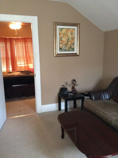 Home away from home- Luxurious Room Rental