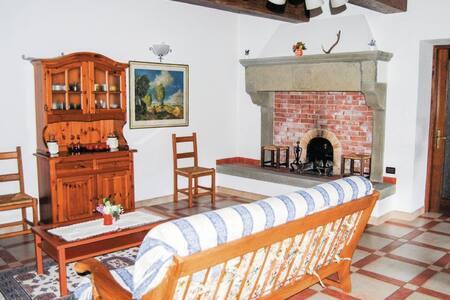 La Capanna - House