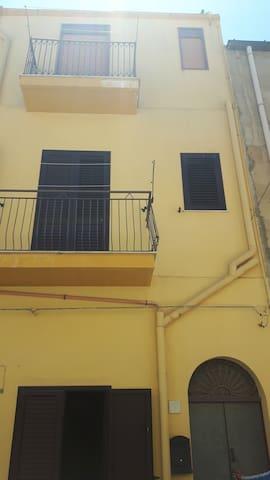 Nel centro di Siculiana - Siculiana - Lägenhet