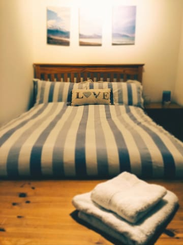 Cosy double room with renovated private bathroom - Portsmouth - Apartemen