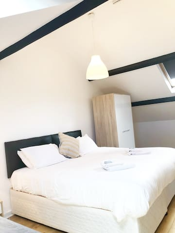 Nordic 2 Bedroom Apartment in Town Centre