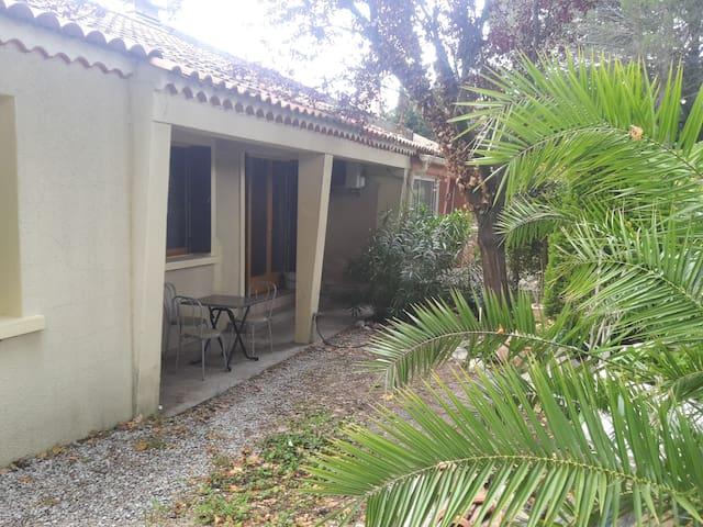 Villa de plein pied à Pelissanne en Provence