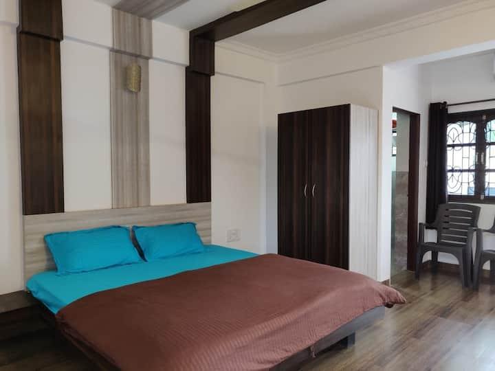 3 Stories Baga- Room303/Rooftop bar/pool